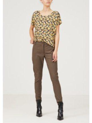 Isay_dames_t-shirts_Nugga_printed_t-shirt_torso_1_zw